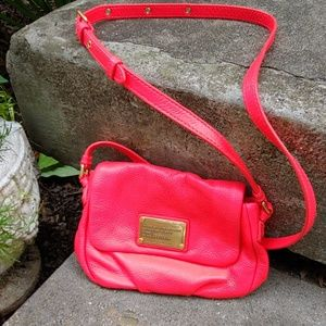 Marc Jacobs hot pink crossbody, new w/o tags!